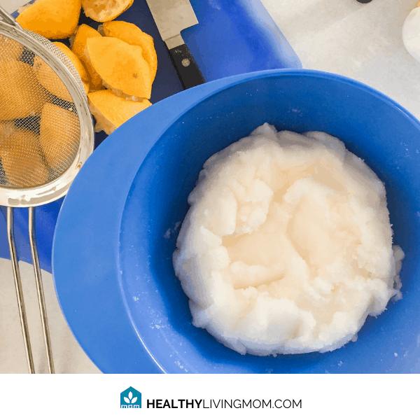 Lemon Sugar Scrub DIY (non toxic 3 ingredients) 1