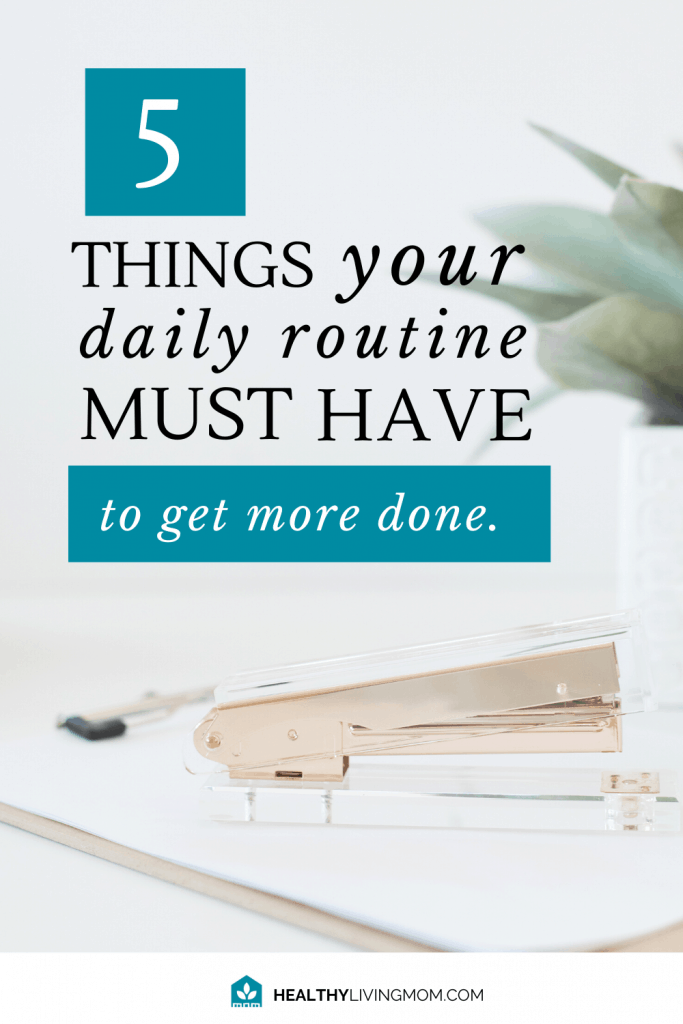 The one thing I wished I would have know sooner is how much a daily routine schedule would help me. But not just any daily routine schedule for women. Don't miss these 5 must haves to make life easier.
